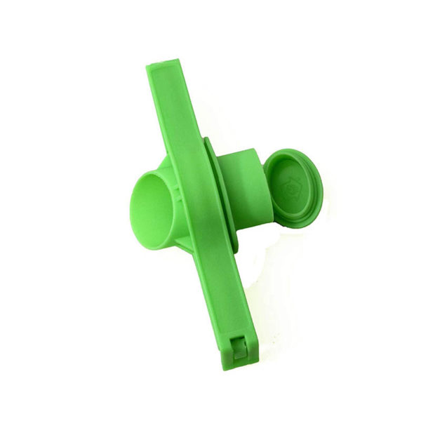 Bag closure clip with spout | Green