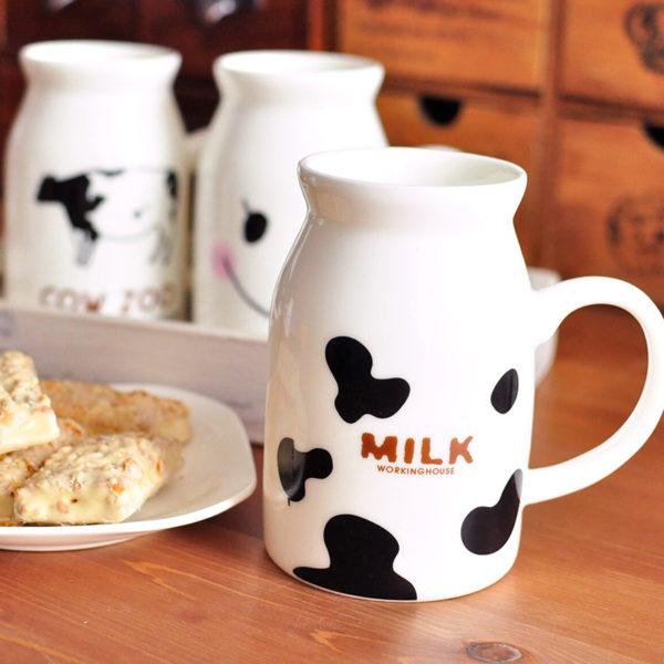 Pichet de lait Taches de vache 04