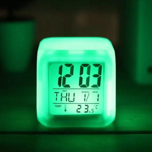 Horloge digitale magique lumineuse 07