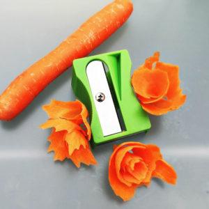 Taille-carottes Vert 02