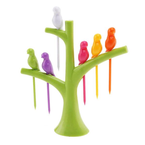Adorable bird picks for aperitif | Green