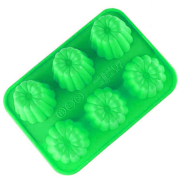Silicone mold for 6 French cannelés   Green