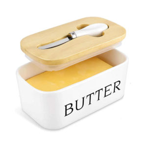 Clever ceramic butter box with knife
